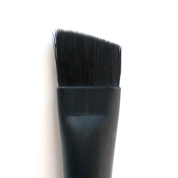 Angled-Brow-Brush-Tip